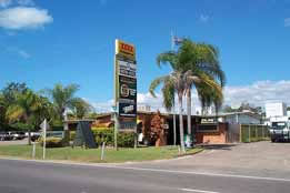 Queens Beach Motor Hotel - Surfers Paradise Gold Coast