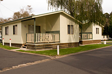 Pleasurelea Tourist Resort and Caravan Park - Surfers Paradise Gold Coast