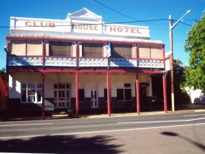 Club House Hotel - Surfers Paradise Gold Coast