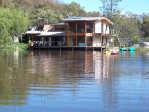 Lakeside Lodge - Surfers Paradise Gold Coast