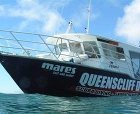 Queenscliff Dive Centre - Surfers Paradise Gold Coast