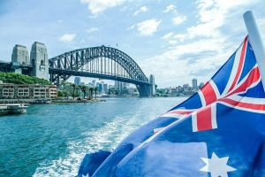 Australia Day Lunch and Dinner Cruises On Sydney Harbour with Sydney Showboats - Surfers Paradise Gold Coast