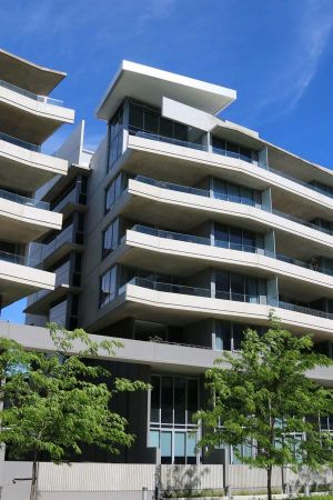 Accommodate Canberra - Realm Residences - Surfers Paradise Gold Coast